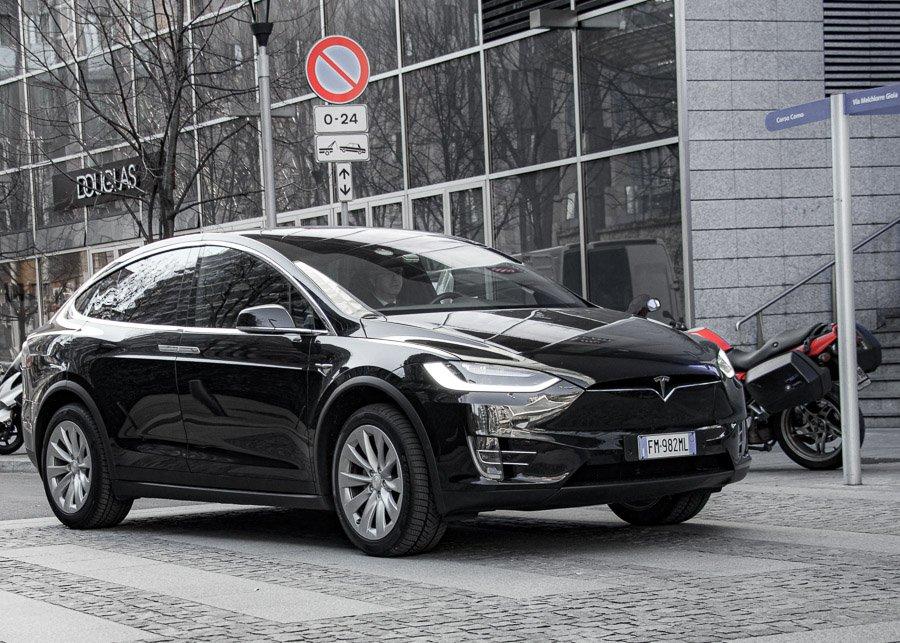 Tesla X Model