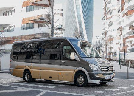 Minibus Lusso 16