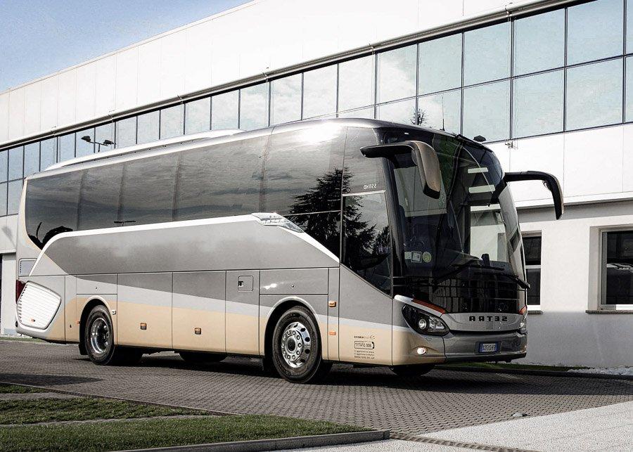 Bus Lusso 28